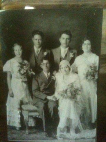 epi in della's wedding