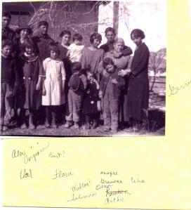 Alex, Virginia, Bert, Onofre, Celia, Ana Maria Lujan & clan